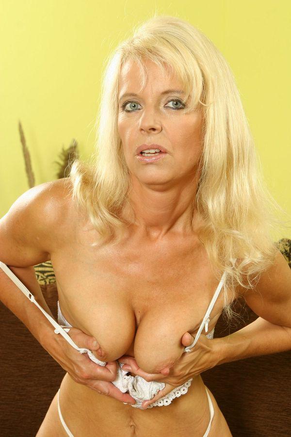 Mature frence women naked photos