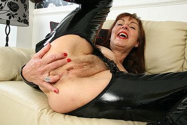 NANCY: Www Older Woman Fun