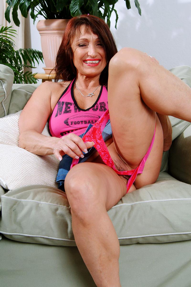 olderwomanfun.com pussy Jillian from OlderWomanFun.com
