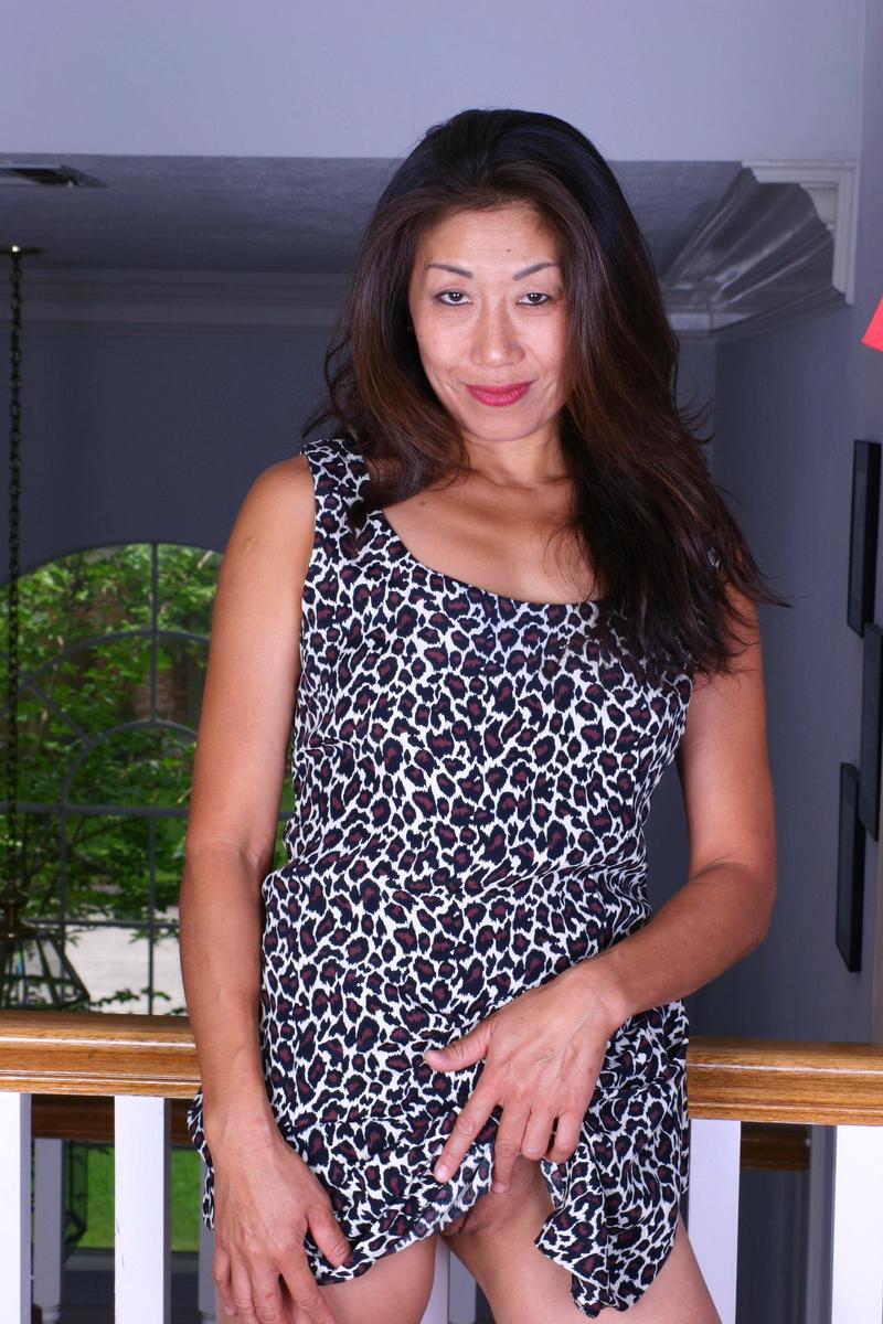 Tomoko from OlderWomanFun.com